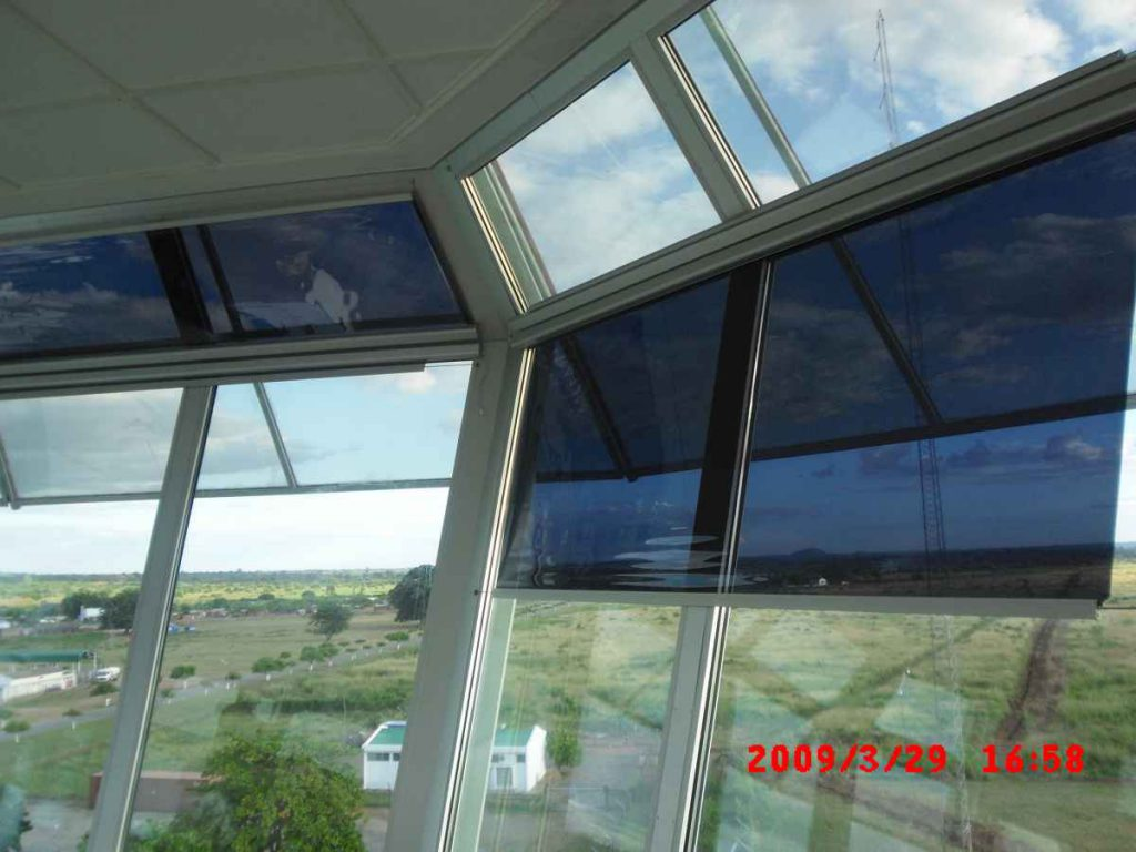 Anti glare roller blinds for air traffic control